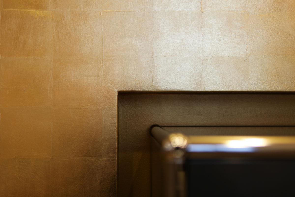 Wandvergoldung im Detail, Margret Weirauch - Ihre Raumentfaltung
